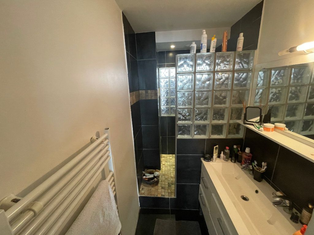 Appartement à vendre 4 73.81m2 à Toulon vignette-8