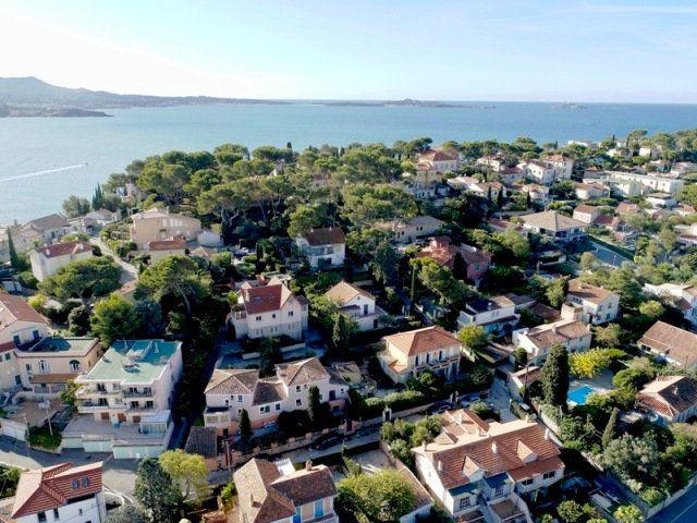 Appartement à vendre 3 82m2 à Sanary-sur-Mer vignette-3