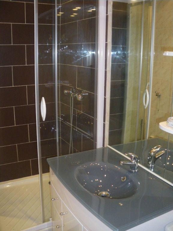 Appartement à vendre 2 34m2 à La Seyne-sur-Mer vignette-5