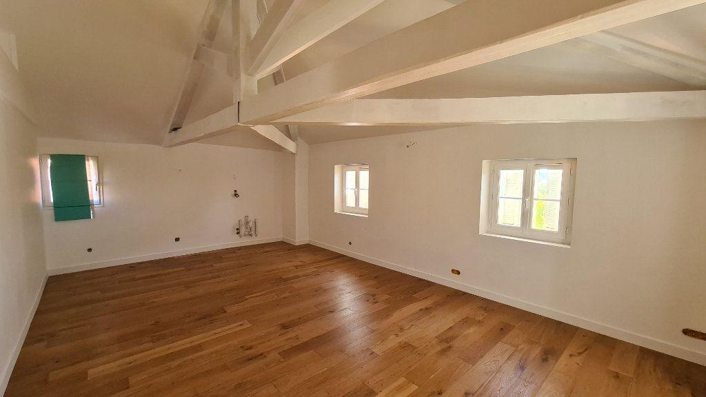 Appartement à vendre 2 56.3m2 à La Seyne-sur-Mer vignette-3