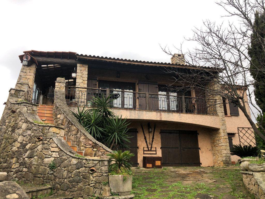 Maison à vendre 7 250m2 à La Seyne-sur-Mer vignette-1