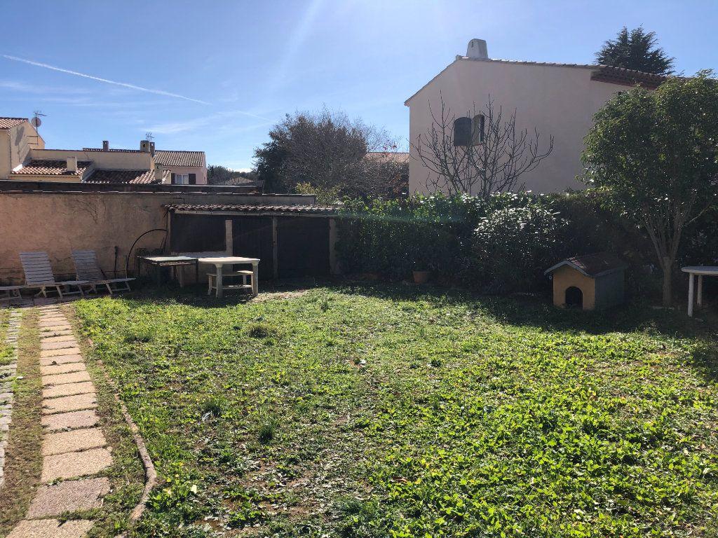 Maison à vendre 7 250m2 à La Seyne-sur-Mer vignette-4