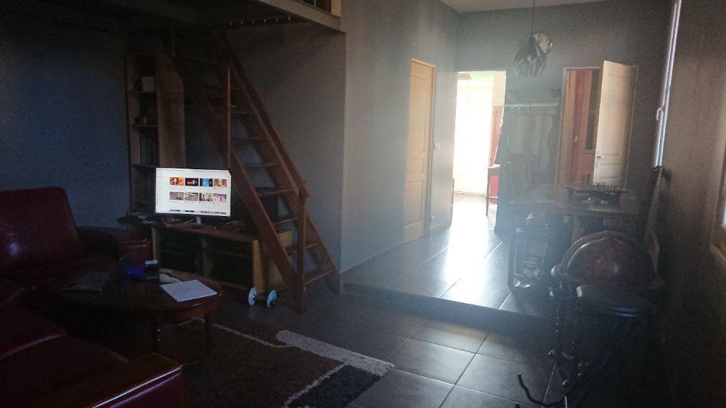 Appartement à vendre 3 60m2 à La Seyne-sur-Mer vignette-10