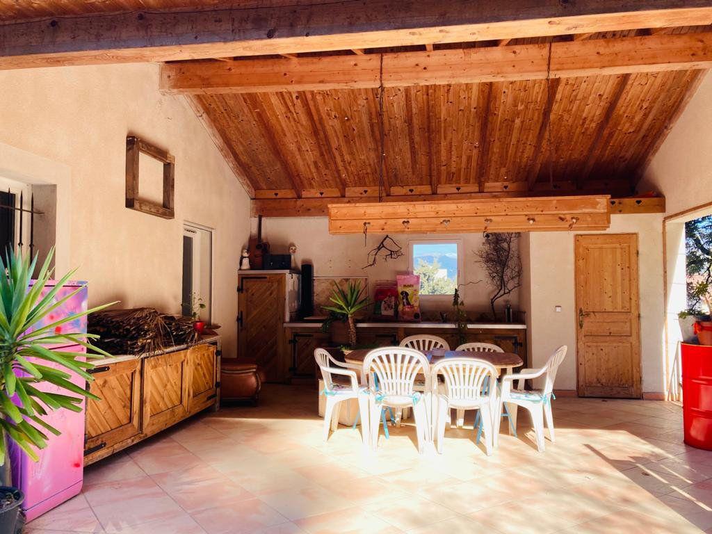 Maison à vendre 4 105.44m2 à La Seyne-sur-Mer vignette-10