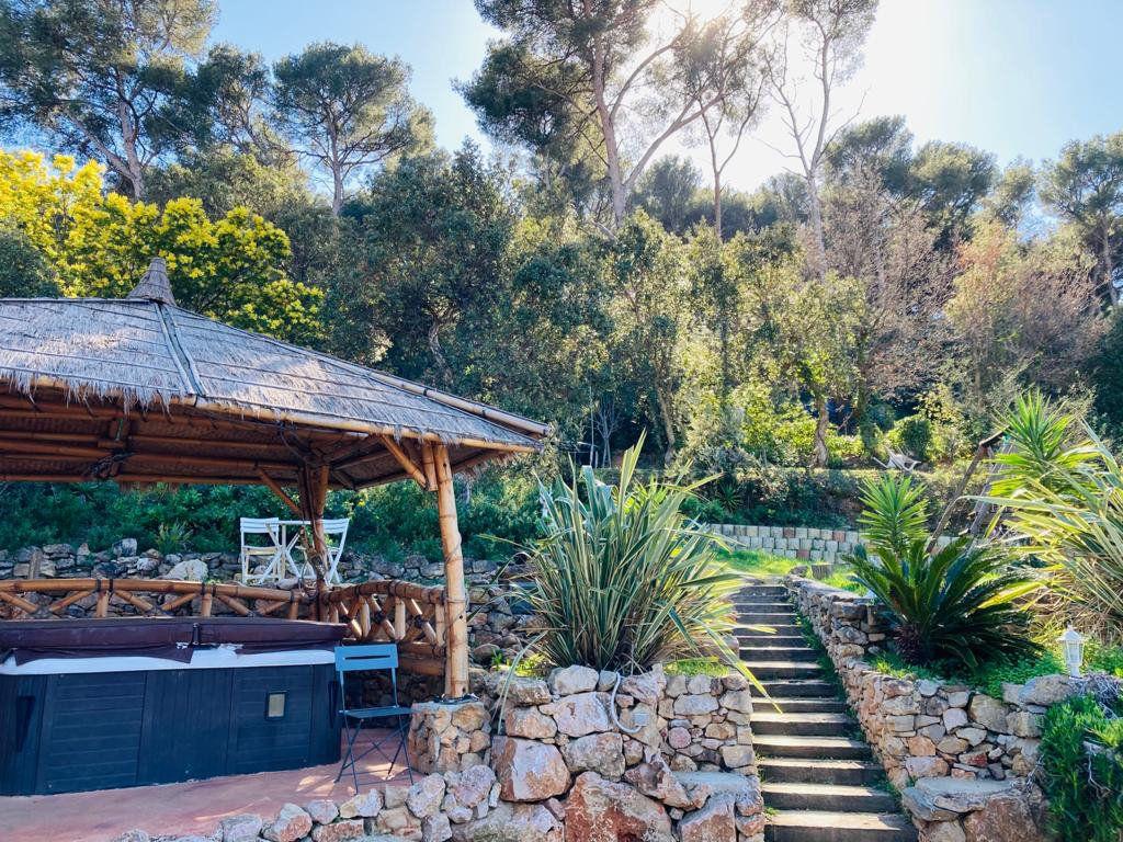 Maison à vendre 4 105.44m2 à La Seyne-sur-Mer vignette-14