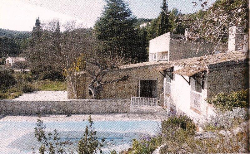 Maison à vendre 8 195m2 à La Cadière-d'Azur vignette-2