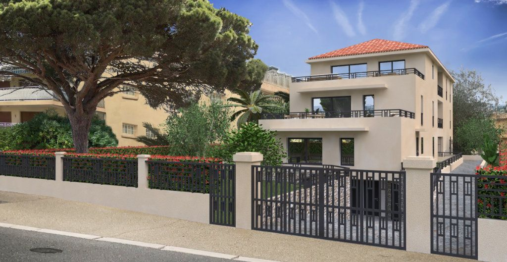 Appartement à vendre 3 119.46m2 à Sanary-sur-Mer vignette-1
