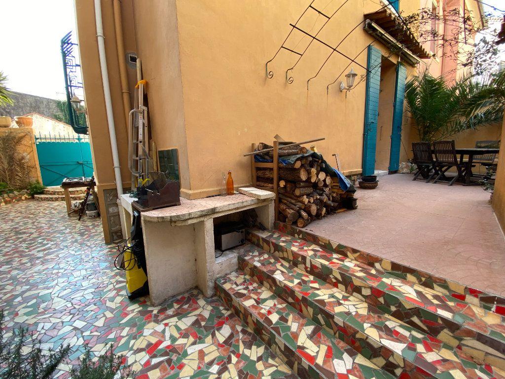 Maison à vendre 5 90m2 à La Seyne-sur-Mer vignette-2