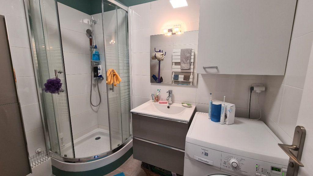 Appartement à vendre 3 57m2 à La Seyne-sur-Mer vignette-9