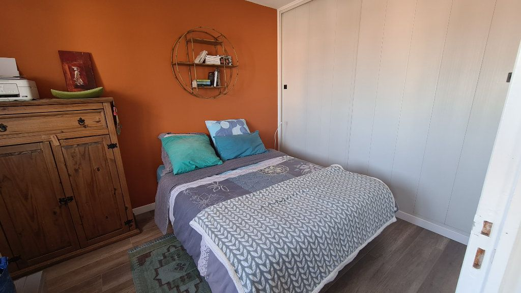 Appartement à vendre 3 57m2 à La Seyne-sur-Mer vignette-10