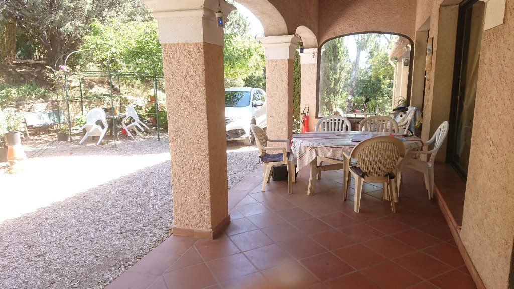 Maison à vendre 6 172m2 à La Seyne-sur-Mer vignette-4