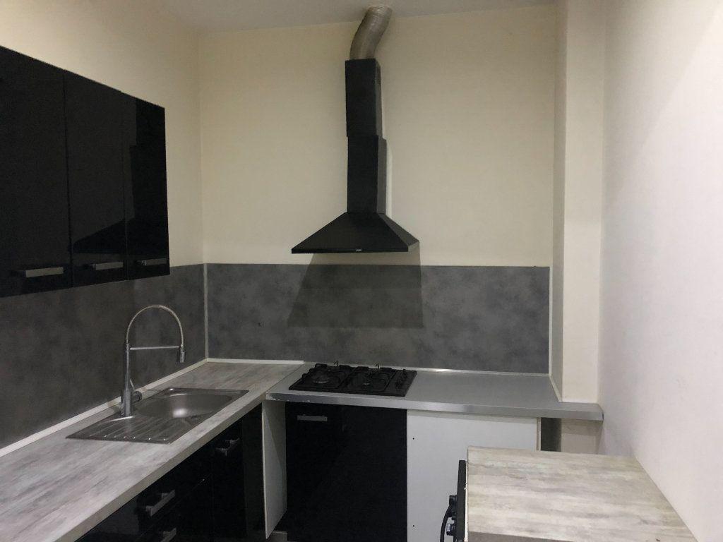 Appartement à vendre 2 20m2 à La Seyne-sur-Mer vignette-2