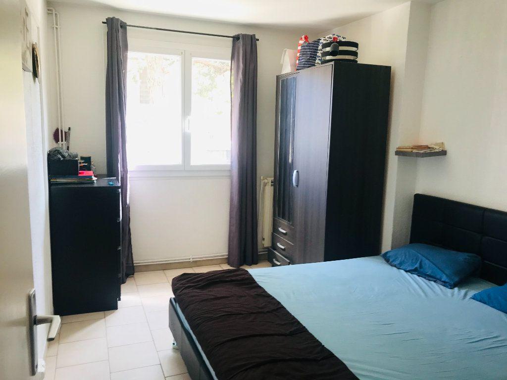 Appartement à vendre 4 66m2 à Toulon vignette-2