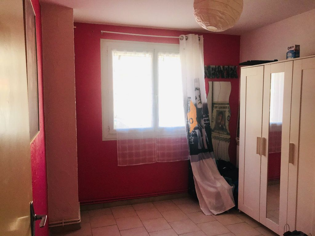 Appartement à vendre 4 66m2 à Toulon vignette-4