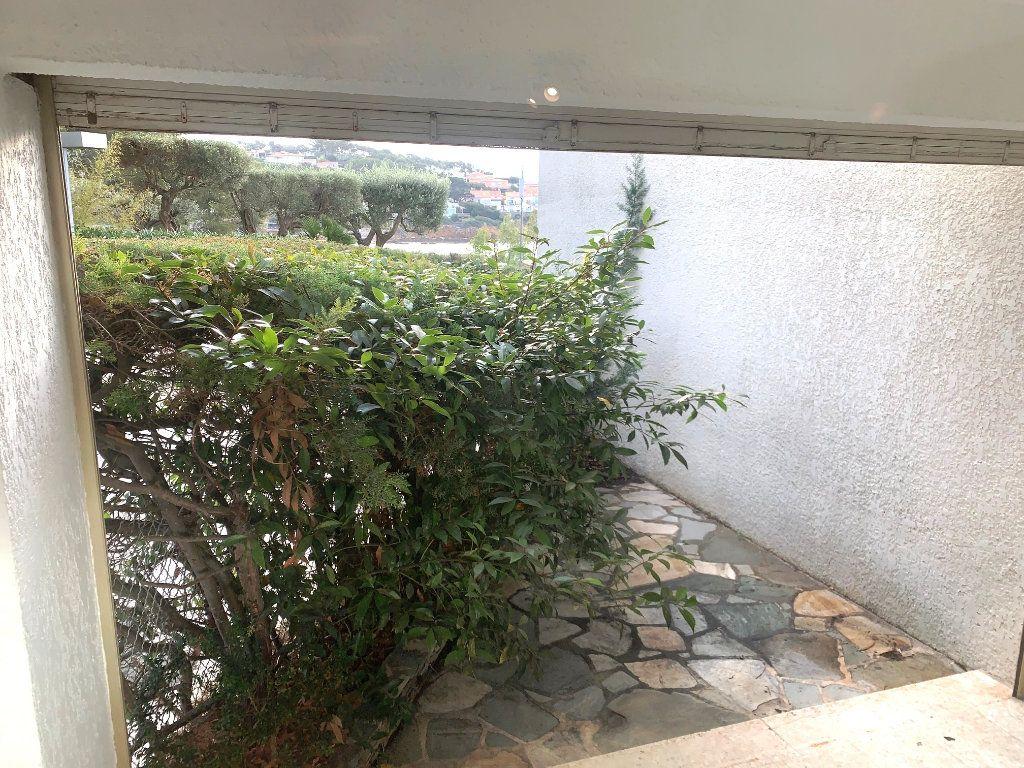 Appartement à vendre 2 44m2 à Sanary-sur-Mer vignette-4