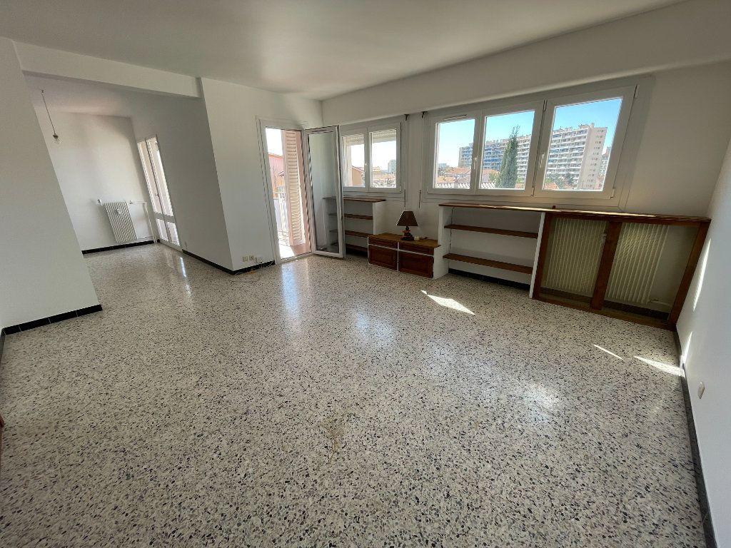 Appartement à vendre 5 87.01m2 à Toulon vignette-4