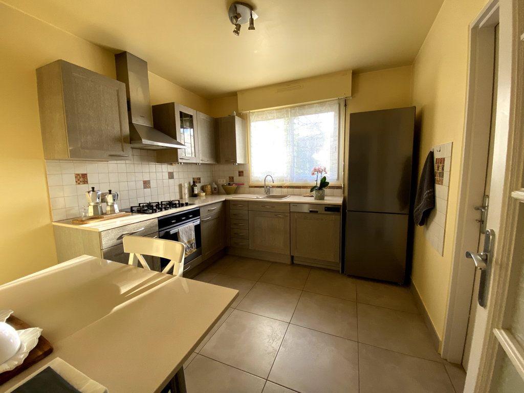 Appartement à vendre 4 81.45m2 à Grasse vignette-5