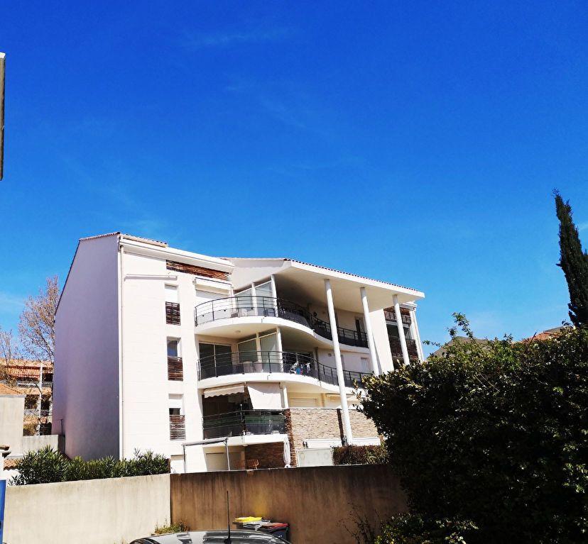 Appartement à vendre 3 69.3m2 à Sanary-sur-Mer vignette-2
