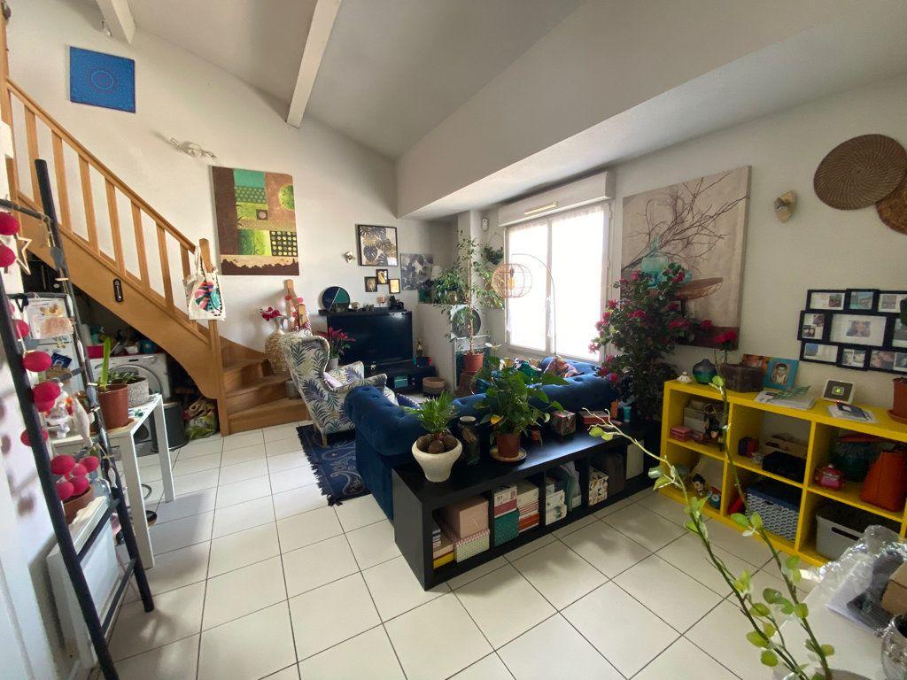 Appartement à vendre 2 33.71m2 à Toulon vignette-1