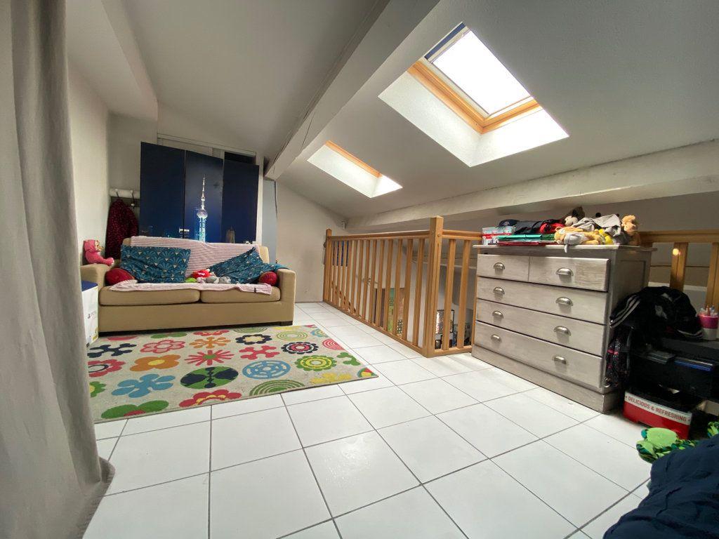 Appartement à vendre 2 33.71m2 à Toulon vignette-6