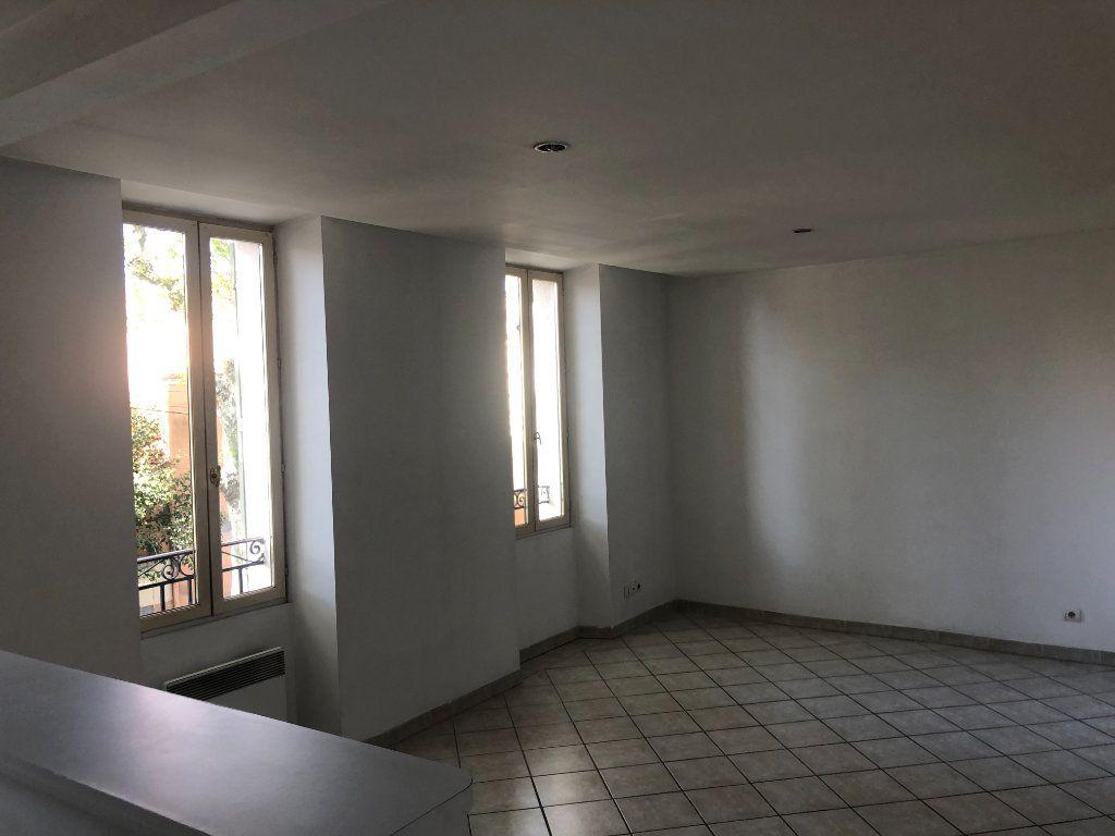 Appartement à vendre 3 48m2 à La Seyne-sur-Mer vignette-1