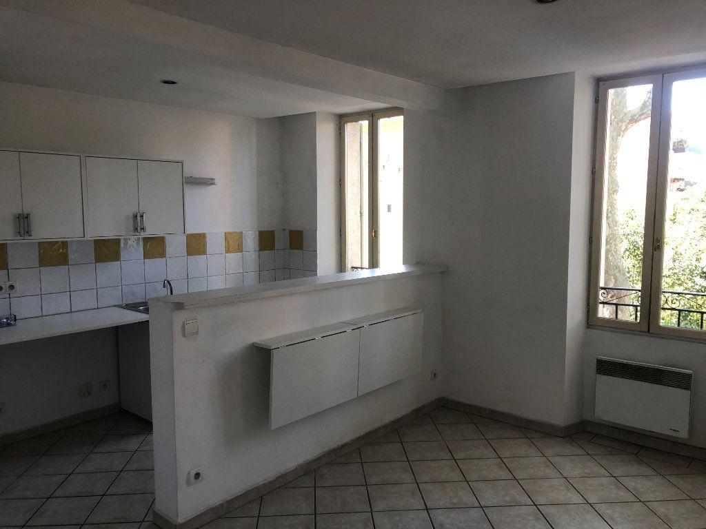 Appartement à vendre 3 48m2 à La Seyne-sur-Mer vignette-2