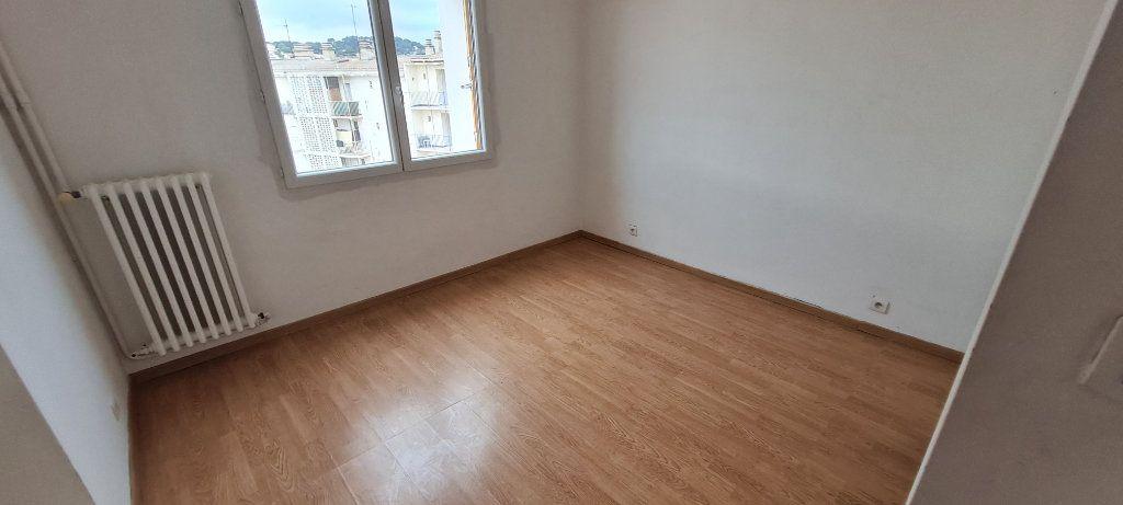Appartement à vendre 3 57m2 à La Seyne-sur-Mer vignette-5
