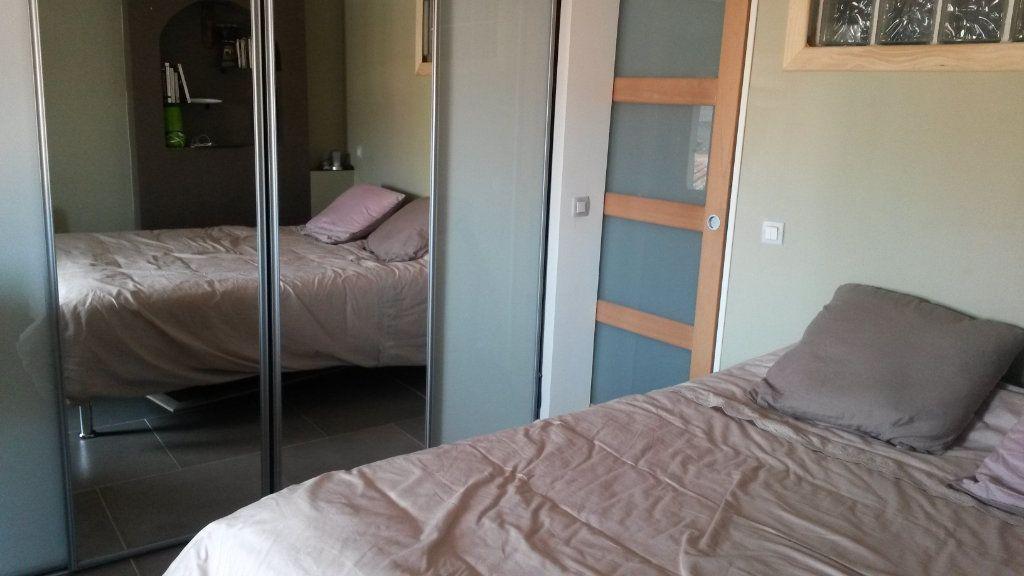 Appartement à vendre 2 57m2 à La Seyne-sur-Mer vignette-5