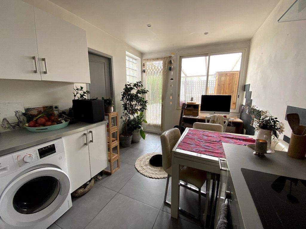 Appartement à vendre 2 40m2 à La Seyne-sur-Mer vignette-6