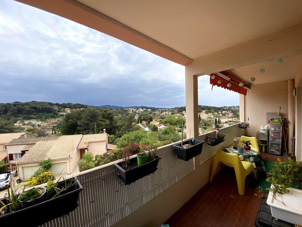 Appartement à vendre 3 61m2 à La Seyne-sur-Mer vignette-2
