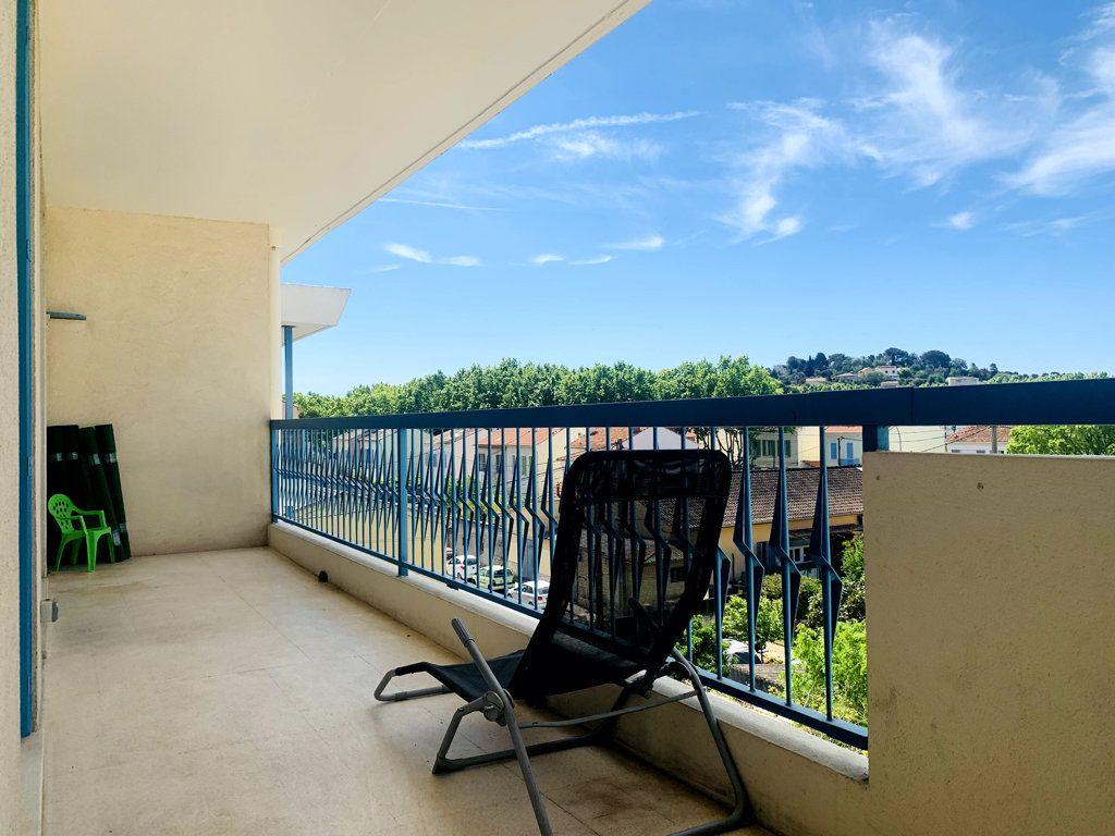 Appartement à vendre 4 87m2 à La Seyne-sur-Mer vignette-1