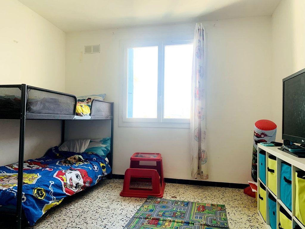 Appartement à vendre 4 87m2 à La Seyne-sur-Mer vignette-4