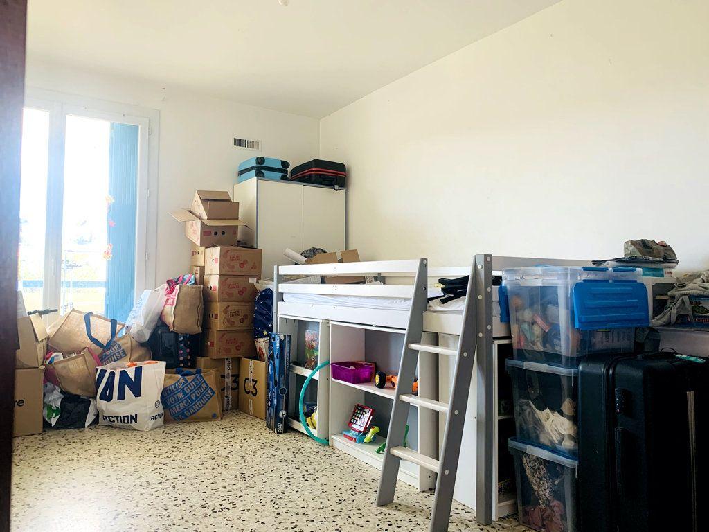 Appartement à vendre 4 87m2 à La Seyne-sur-Mer vignette-5