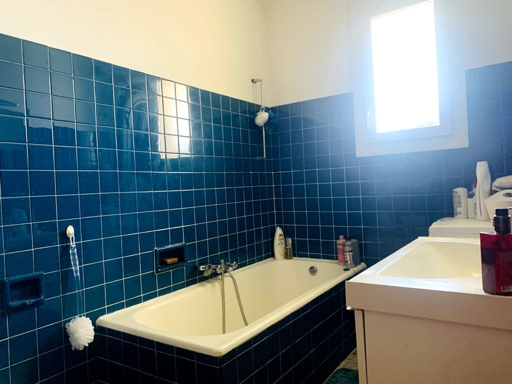 Appartement à vendre 4 87m2 à La Seyne-sur-Mer vignette-6