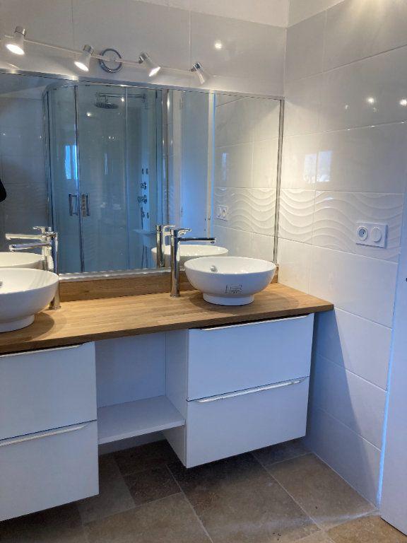 Appartement à vendre 4 82m2 à Sanary-sur-Mer vignette-3