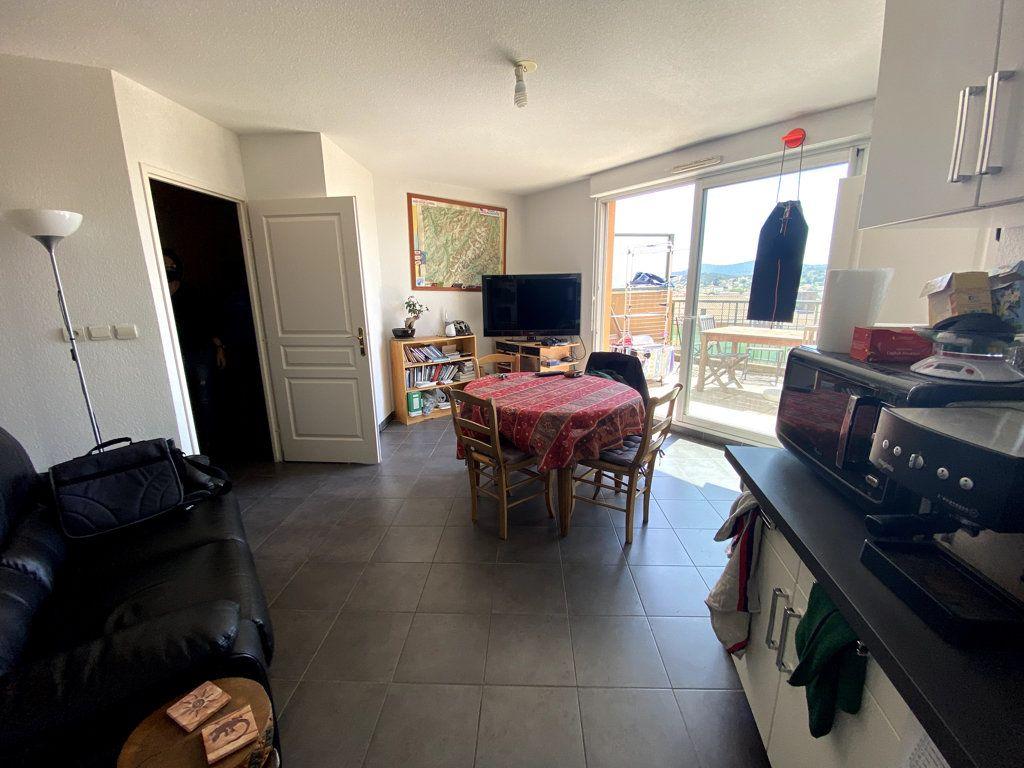 Appartement à vendre 2 44.7m2 à La Seyne-sur-Mer vignette-3