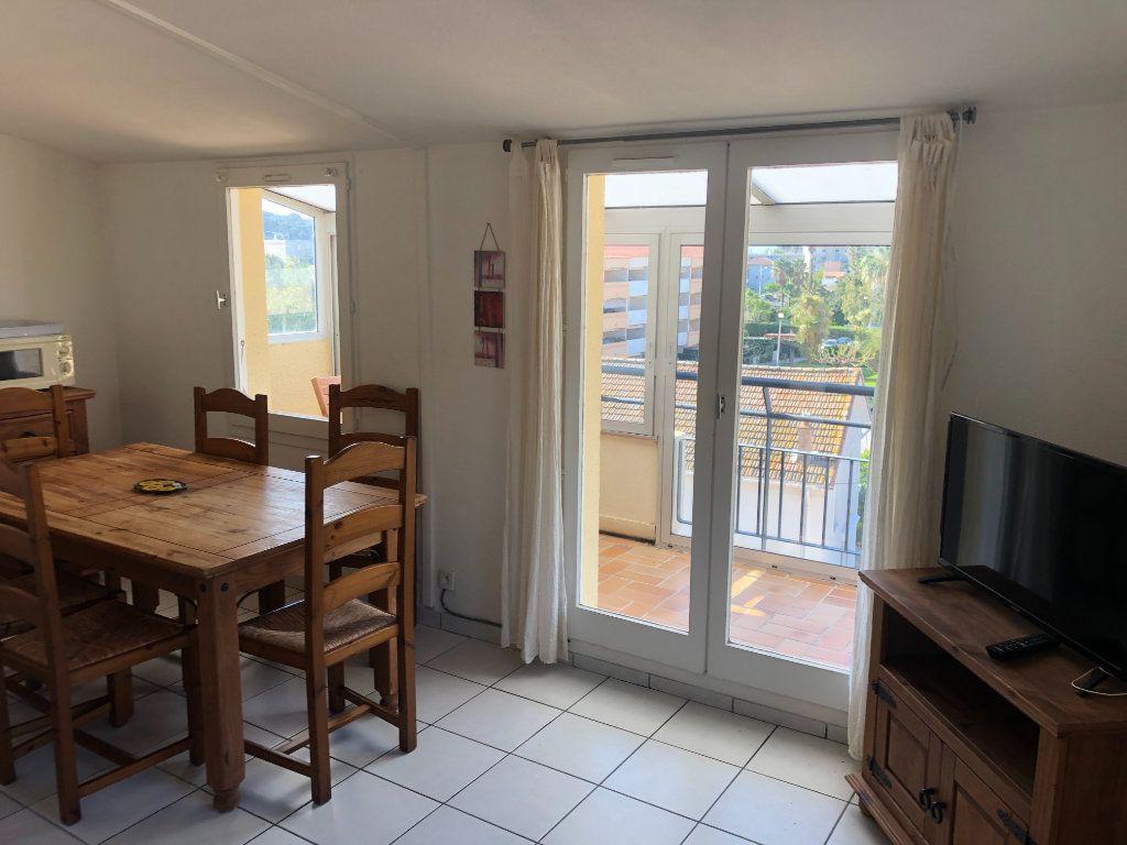 Appartement à vendre 2 32m2 à La Seyne-sur-Mer vignette-2