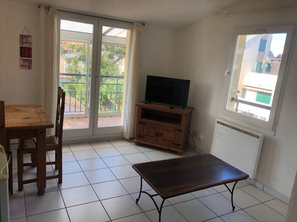 Appartement à vendre 2 32m2 à La Seyne-sur-Mer vignette-3