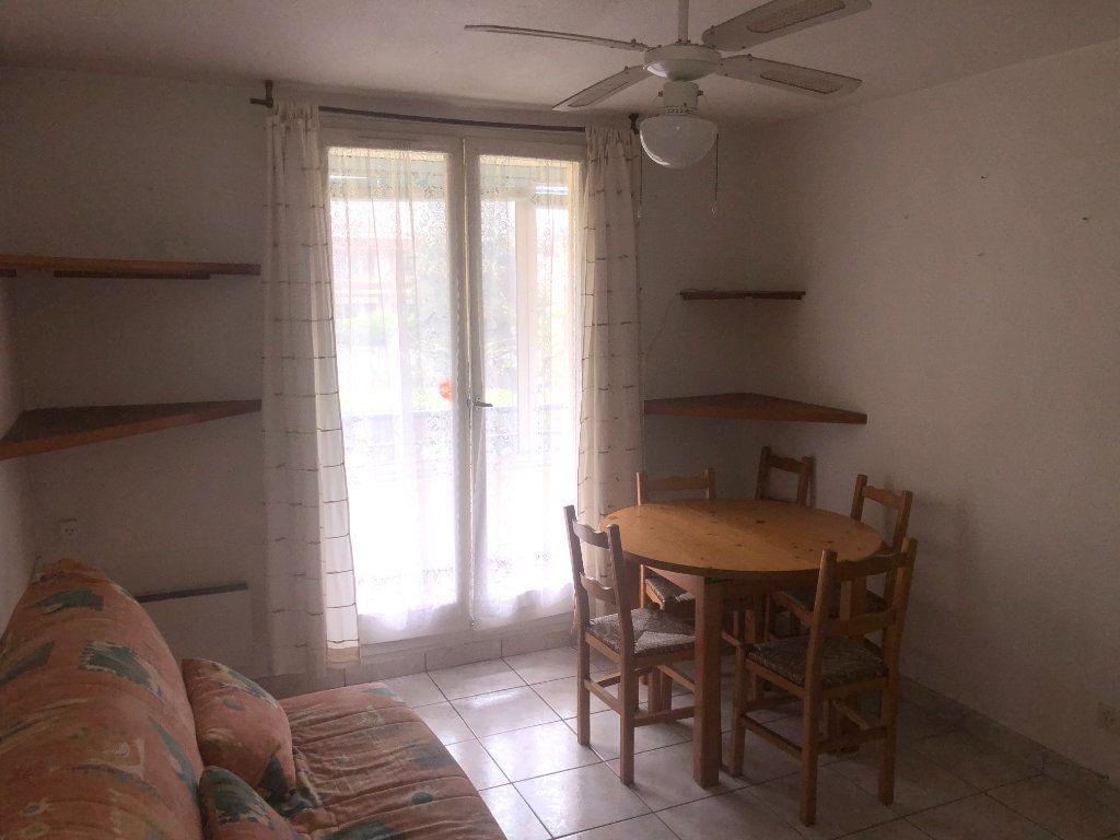 Appartement à vendre 2 26m2 à La Seyne-sur-Mer vignette-2