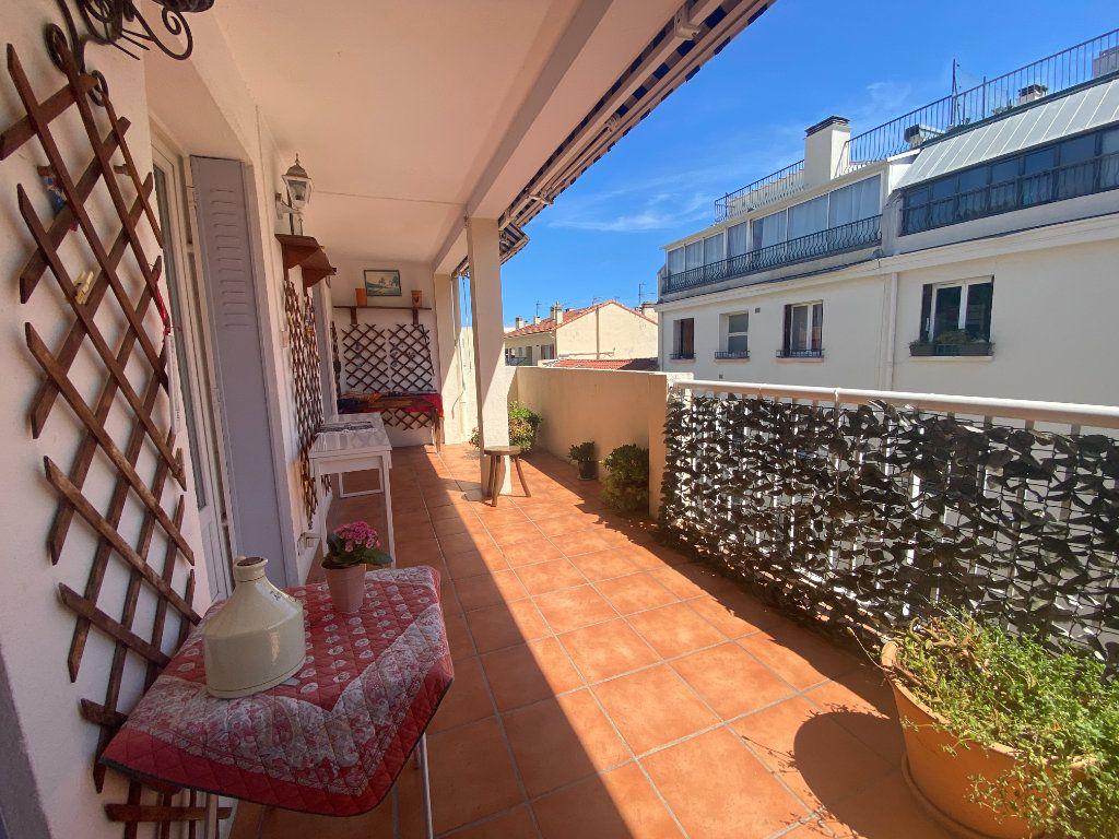 Appartement à vendre 4 68m2 à Toulon vignette-1