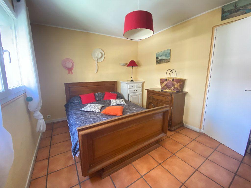 Appartement à vendre 4 68m2 à Toulon vignette-5