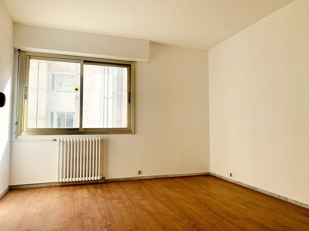Appartement à vendre 3 86m2 à Toulon vignette-2