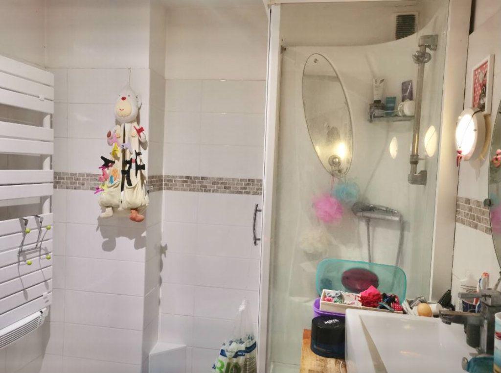 Appartement à vendre 4 76m2 à La Seyne-sur-Mer vignette-8