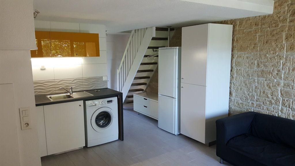 Appartement à vendre 3 40m2 à La Seyne-sur-Mer vignette-3