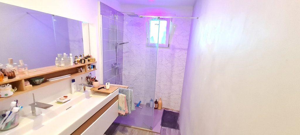 Appartement à vendre 4 82m2 à La Seyne-sur-Mer vignette-7