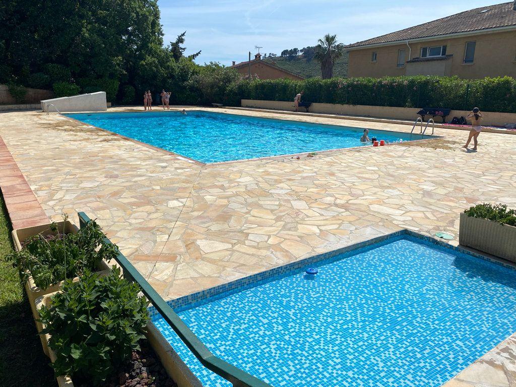Appartement à vendre 4 85m2 à Saint-Mandrier-sur-Mer vignette-1