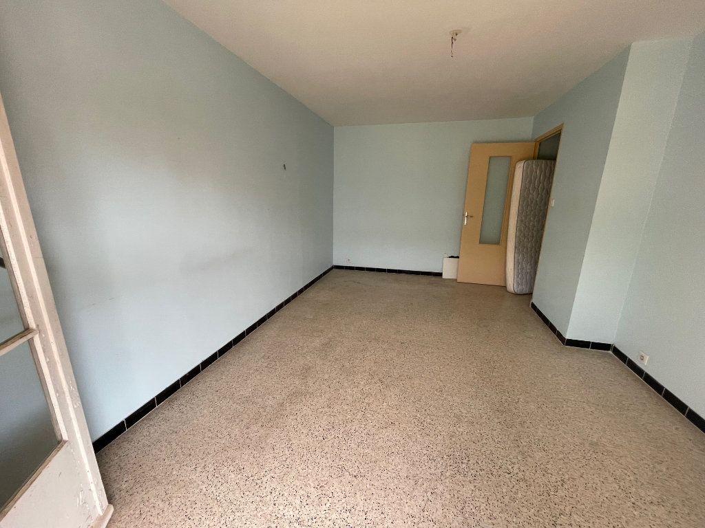 Appartement à vendre 3 63m2 à La Seyne-sur-Mer vignette-2