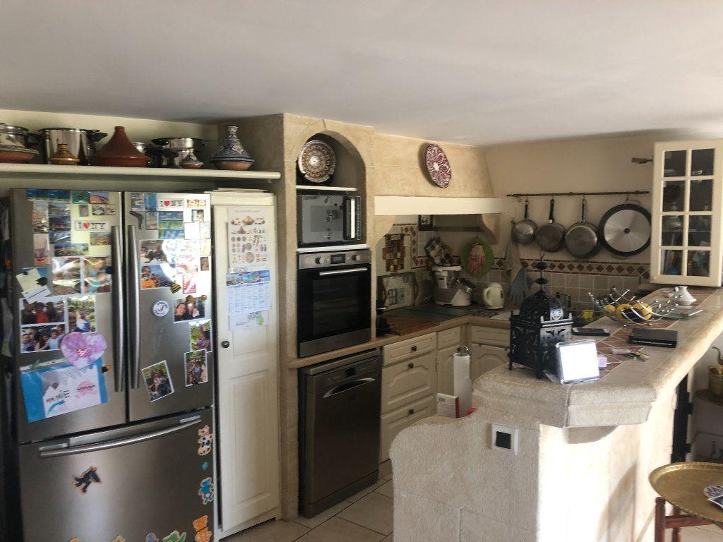 Appartement à vendre 4 108m2 à La Seyne-sur-Mer vignette-4