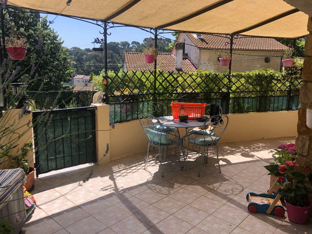 Appartement à vendre 4 108m2 à La Seyne-sur-Mer vignette-5