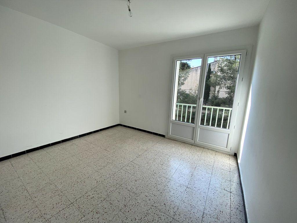Appartement à vendre 3 61.42m2 à La Seyne-sur-Mer vignette-5